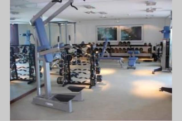 THERE IS 2 GYM IN THIS COMPLEX
