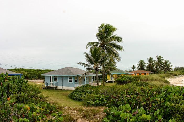 Gunhill Bay Beach Villas- Grey Dup Cottage #4 & #5, holiday rental in Little Exuma