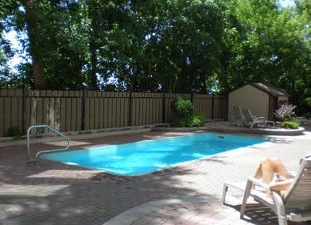 Piscine Extérieure / Outdoor Pool