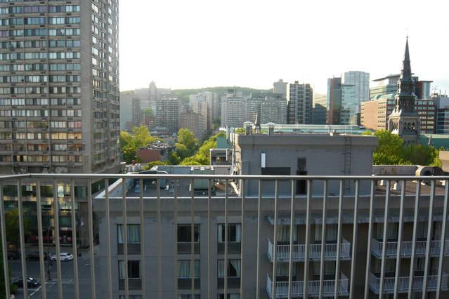 Vue du Balcon / Balcony view