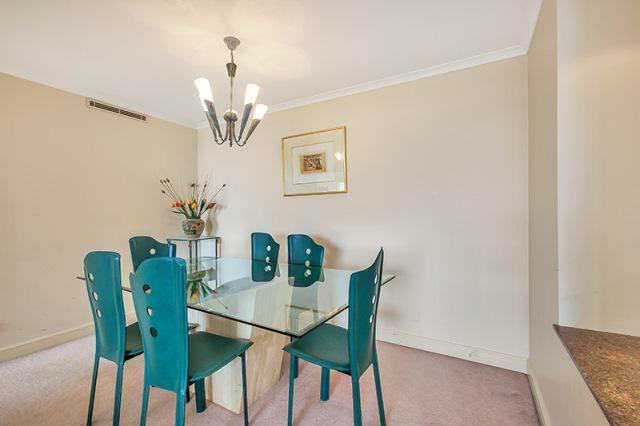 Executive Apartment in Heart of Chatswood, holiday rental in Forestville