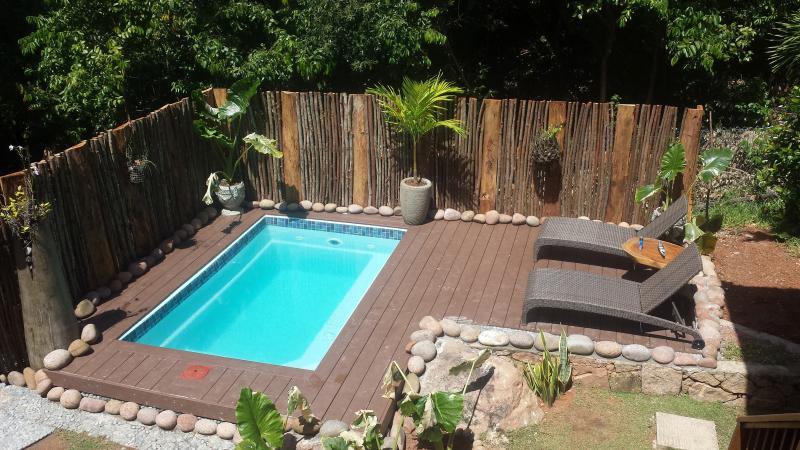 Relaxing swimming pool