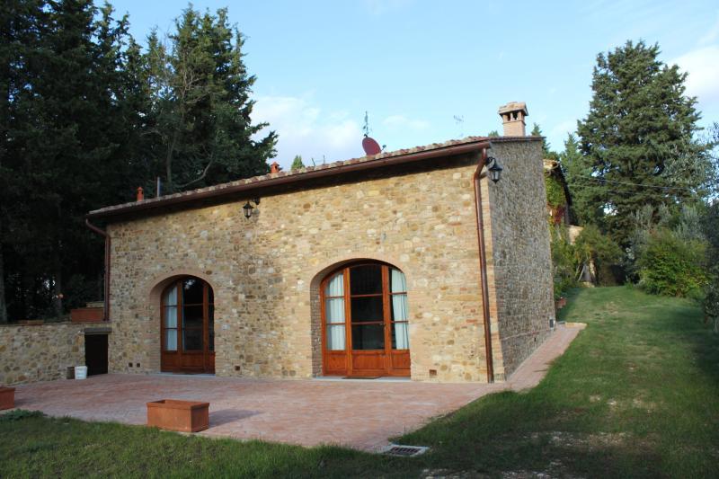 'Il Torrino' Casa nel Chianti fiorentino, holiday rental in Tavarnelle Val di Pesa