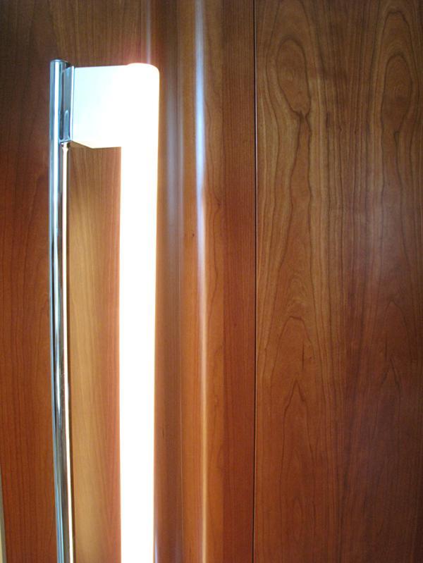 Eileen GREY tube light