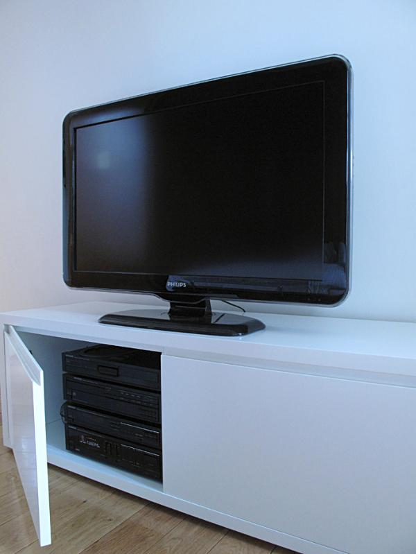 Flat screen tv and stereo