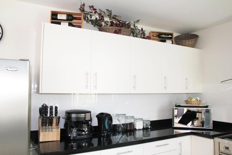 Kitchen cupboards - appliances