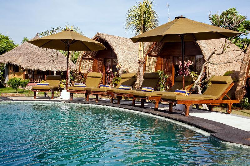 LOVELY BUNGALOW near Balangan beach, casa vacanza a Cengiling