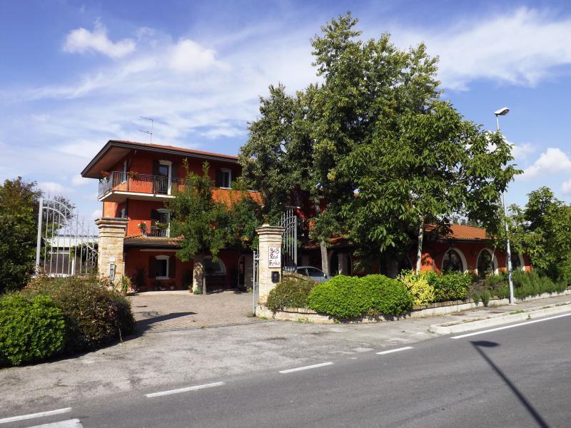 super red fenice b&b , venezia mare monti storia, vacation rental in Zenson di Piave