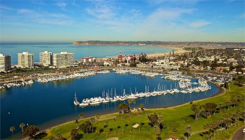 Vacation of the USA best beaches of Coronado