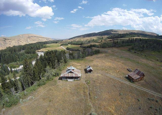 Aerial view of property and nearby West Boulder River