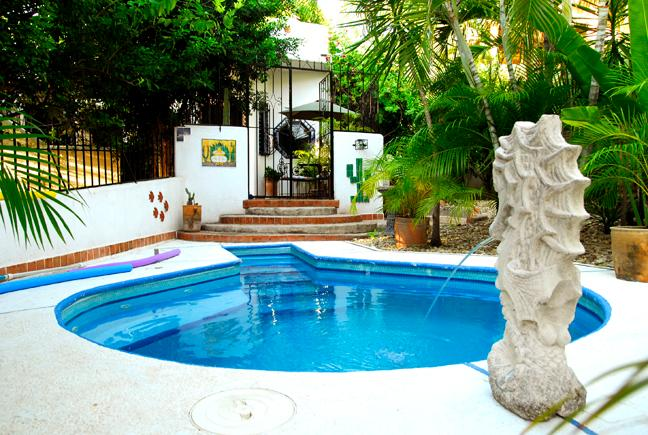 Delightful, spacious 3 bedroom, 2 bathroom home, vacation rental in Puerto Escondido
