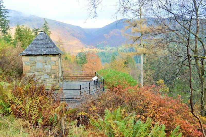 Beautiful Benmore Gardens in Autumn