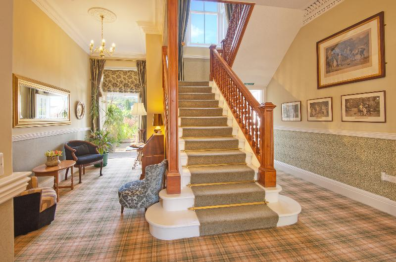 Dalkeith House 5* for 10, 5 bedrooms, short breaks, special occasions or longer!, holiday rental in Borders