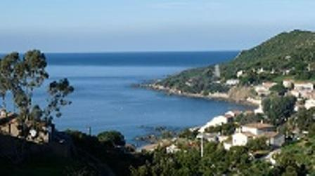 LOCATION F2 CLIMATISE TIUCCIA Bord de mer, vacation rental in Tiuccia