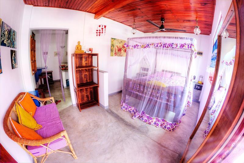 romantic & cosy appartment in galle fort, aluguéis de temporada em Galle