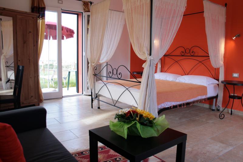 Villa Liburnia,Tulip Room (6), vacation rental in Castellaccio