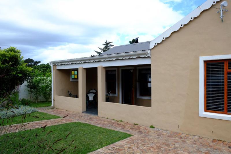 Onrus Cottage, holiday rental in Onrus