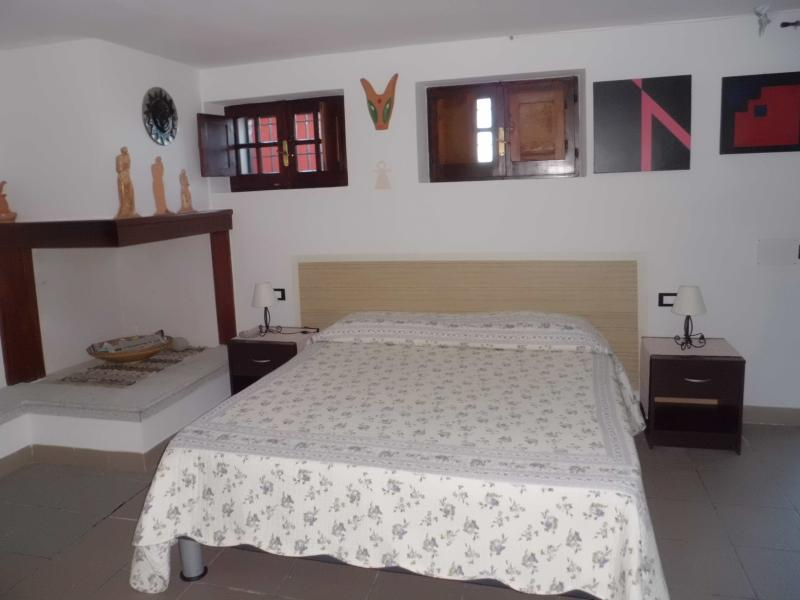 Monolocale panoramico, holiday rental in Province of Carbonia-Iglesias