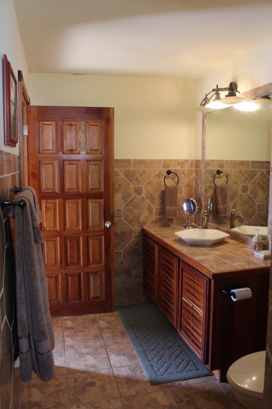 Opcional 3 º quarto tem um banheiro grande.