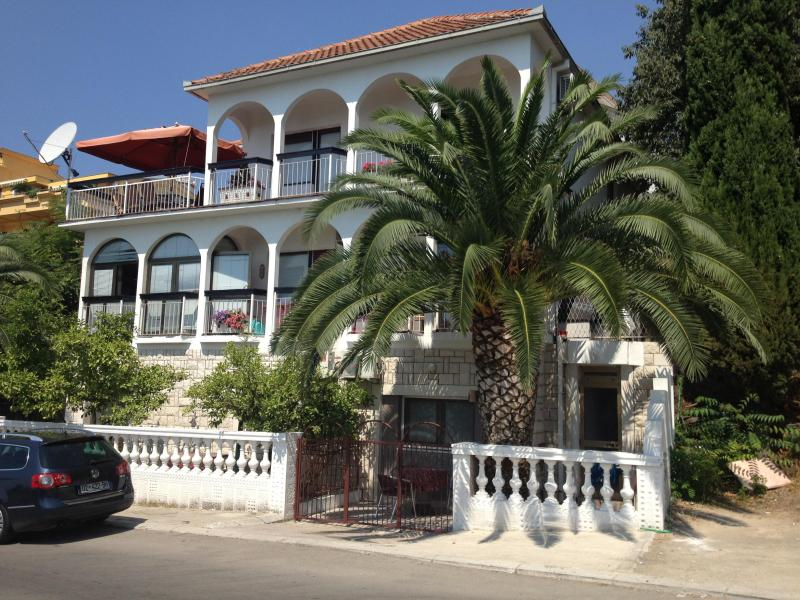 Villa Salaj-Ulcinj, holiday rental in Donji Stoj