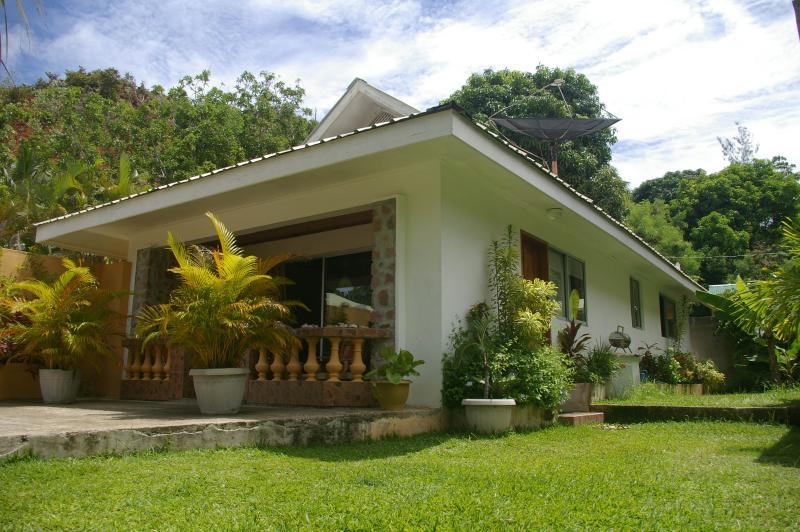 Villa-Exterior