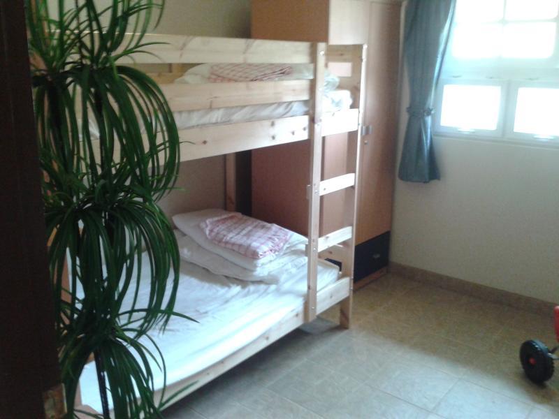 Niños dormitorio con litera