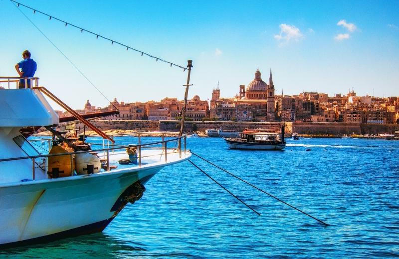Water Taxi Valletta to Sliema, just 3 minutes walk from Old Mint