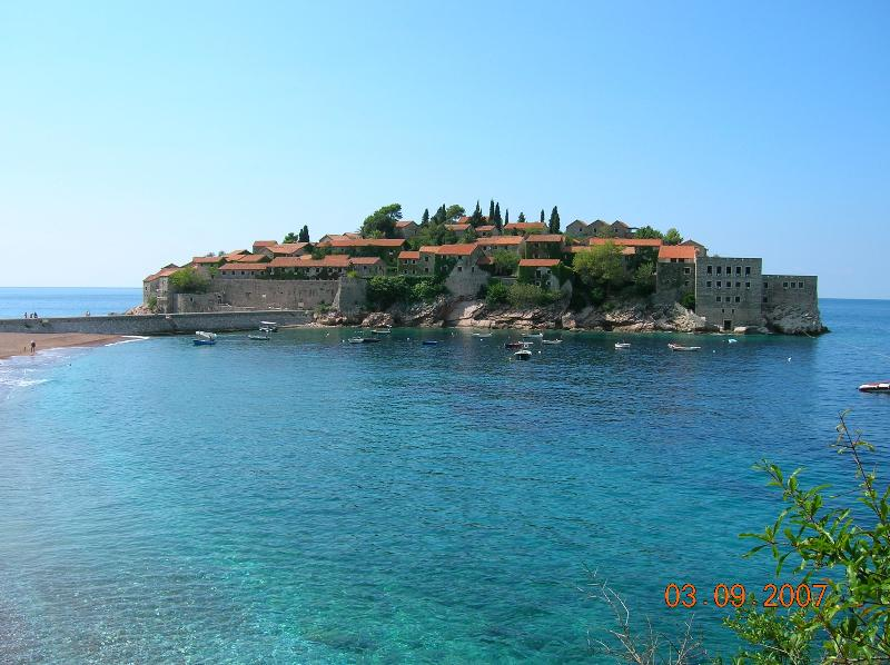 Sveti Stefan - 20 mn by feet