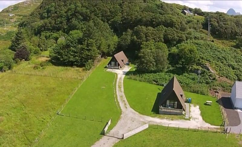 Kirkaig Chalet No 2, holiday rental in Caithness and Sutherland