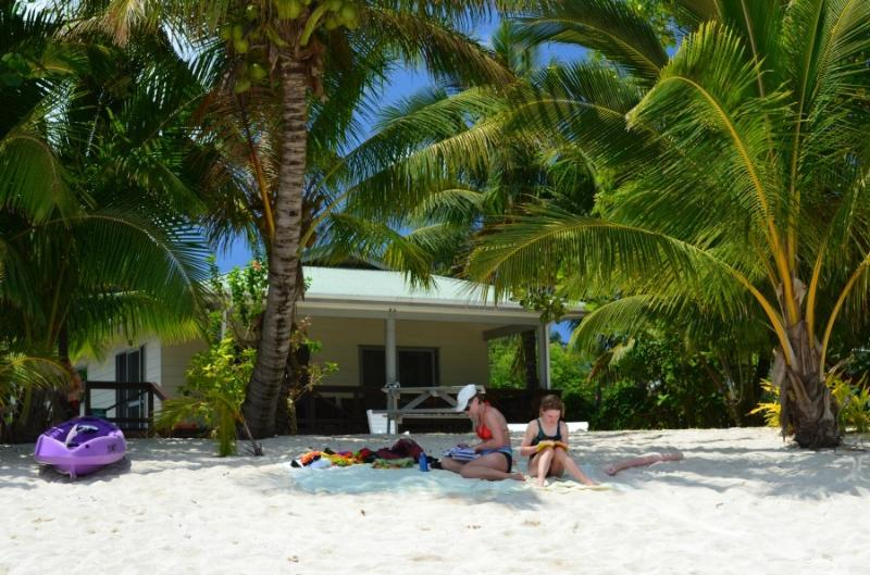 Jenny's Beach House - Absolute Beachfront, vacation rental in Cook Islands