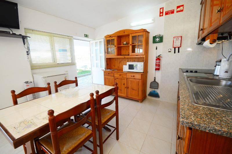 Aquinta 4 people, holiday rental in Ferreiras