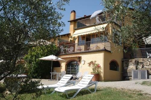 oro fonte, relaxing location, lodging with terrace, swimming pool, gorgeous view, holiday rental in Tavarnelle Val di Pesa