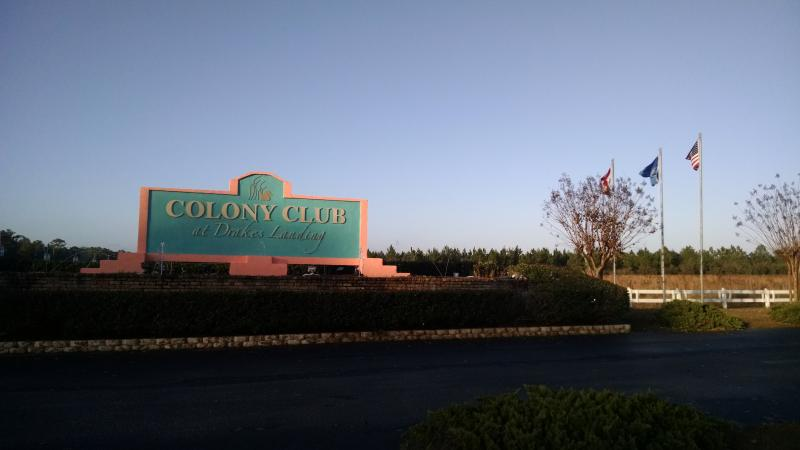 Entrance to Colony Club