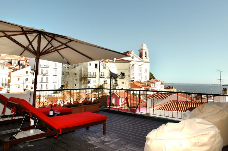 Best terrace, Riverview, Alfama apartment
