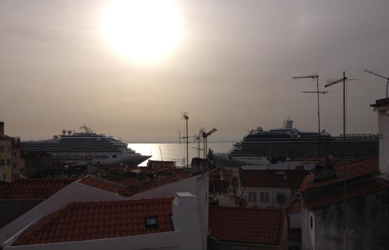 Stunning sunset watching the cruise boats to ...
