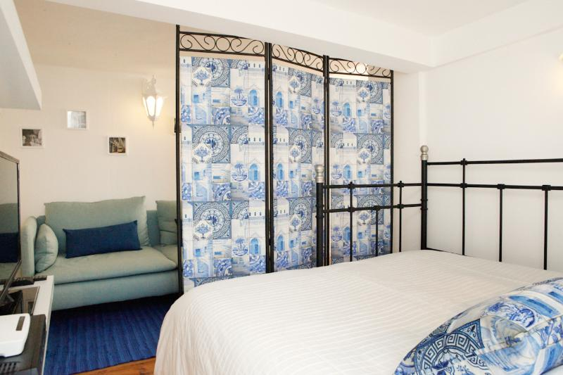 The graceful screen with traditional Portuguese tile motives giving you privacy at night