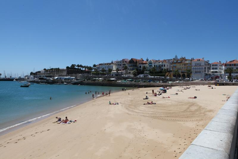 The beaches of Estoril Coastline 5 minutes from the apartment