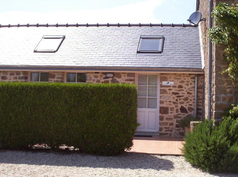 Cosy and perfectly formed, my 'bijou' cottage is comfortable for a couple or a small family.