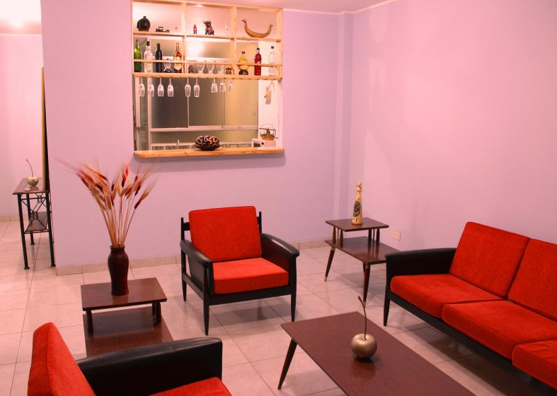 Rooms & Apartments near Airport - Lima , Callao, vacation rental in Callao