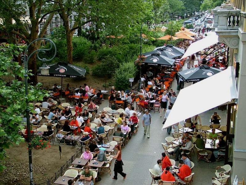 cafe & restaurant square