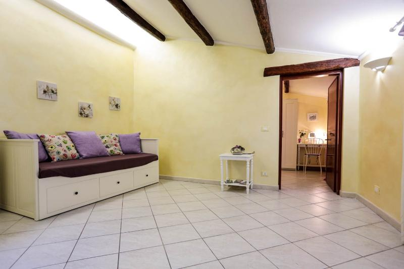 Casa Eleila Tivoli center Apartment  near Rome, holiday rental in Castel Madama