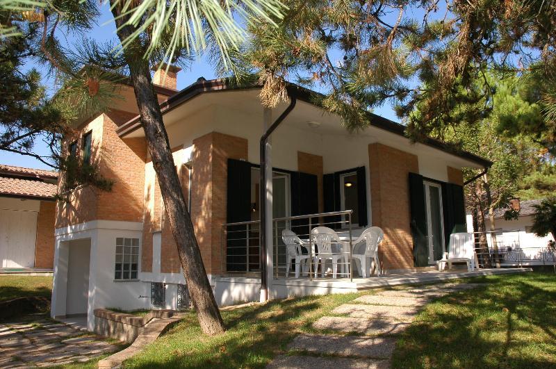 Villa Palme, vacation rental in Lignano Pineta