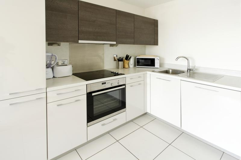 KD Tower Kitchen with dishwasher, fridge freezer and microwave