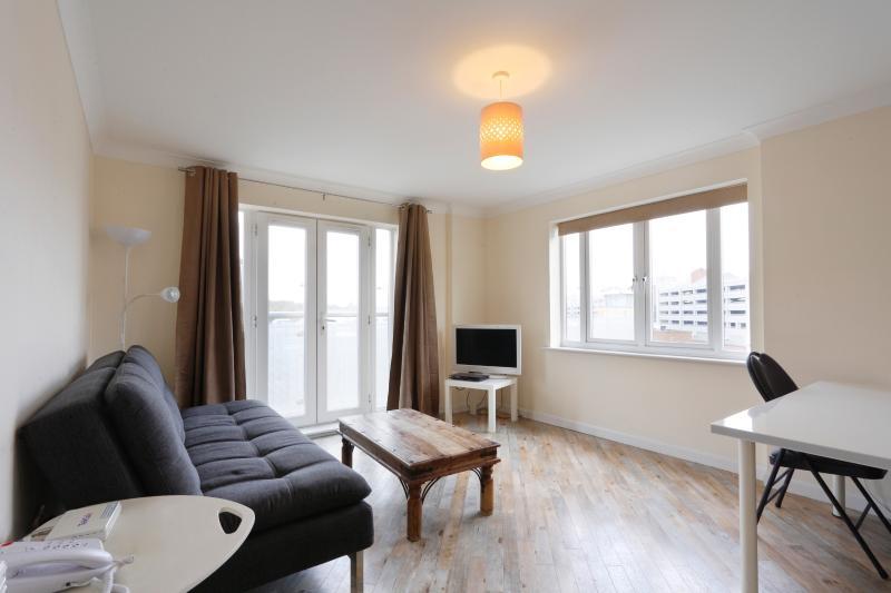 Abodebed Handleys Ct, Apt 45 - Classic 2 Bed 2 Bath, location de vacances à Aldbury