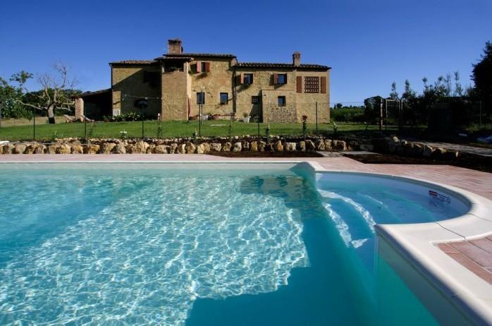 Nice house near San Gimignano,swimming pool,airconditioning,large garden, view, vacation rental in Gambassi Terme