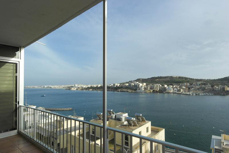 Dolphin Court 5, holiday rental in Xemxija