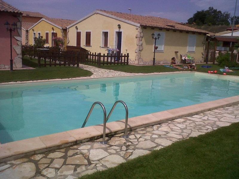 Casa Vacanze, location de vacances à Santa Maria Coghinas