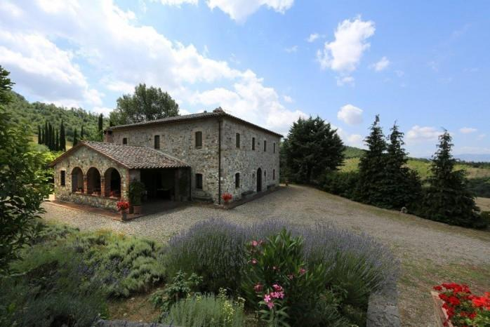 Giulio house,swimming pool,quiet and relaxing location,stunning view,Wi-Fi, vacation rental in Trevinano
