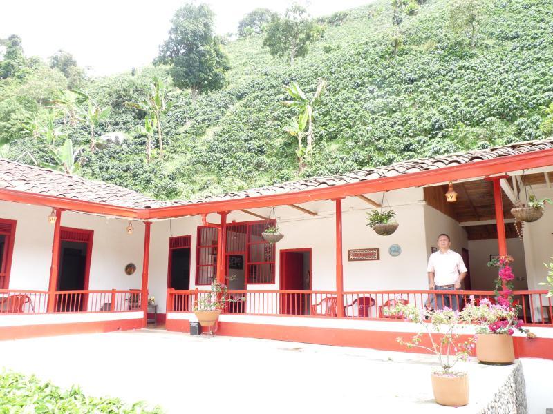 Casa de finca cafetera, alquiler vacacional en Támesis