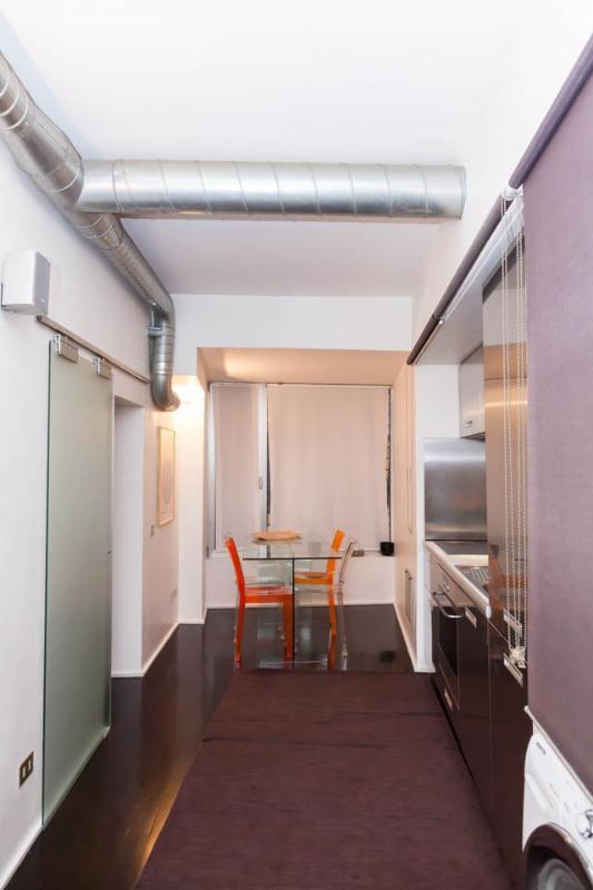 Kitchen & Dining Corner